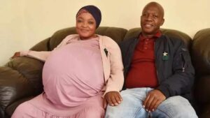 South African Woman Breaks Record As She Gives Birth To 10 Babies At Once!!